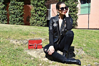 cosamimetto blogger jacket pants shoes bag red bag black leather jacket ankle boots black jeans spring outfits