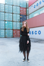 andy sparkles,blogger,sweater,skirt,sunglasses,tulle skirt,black sweater,ballet flats