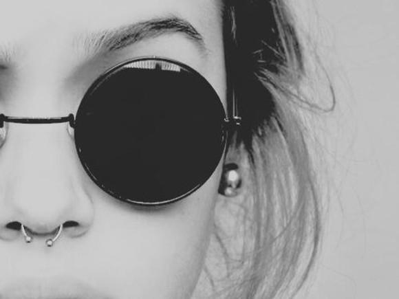 lunette de soleil sunglasses noir ronde petite