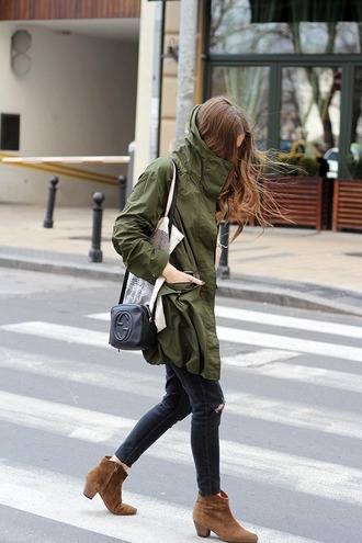 fashion and style blogger gucci bag army green jacket ankle boots black ripped jeans