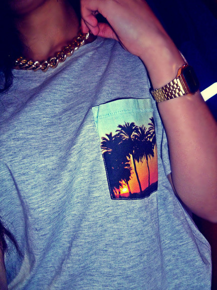 shirt gold pocket summer grey yellow orange necklace watch blue tee palmtree sunset black sun t-shirt clothes t shirt grey print palm tree baggy chain jewels pocket tee trees tshirt hawaii tropical pocket shirt, cute, gray, t-shirt, tropical, pocket, summer, spring grey, palm trees pocket grey pocket palm tree sunset