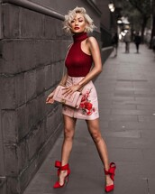 top,tumblr,red top,halter top,halter neck,turtleneck,skirt,embroidered skirt,embroidered,mini skirt,leather skirt,pink skirt,zipped skirt,high heels,heels,red heels,bow heels,bag,pink bag,red lipstick,blonde hair,short hair,blouse