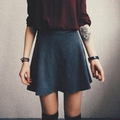skirt,tattoo,shirt,skater skirt,grey skirt,cute,tumblr,love,grey,pretty,cardigan,sweater,top,fashion,grunge