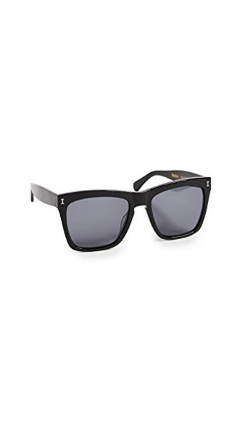 Illesteva sunglasses black grey