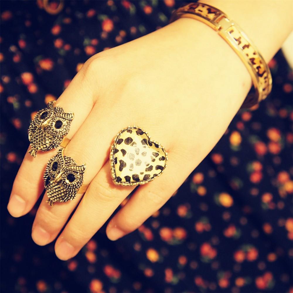 Vintage leopard heart shape ring