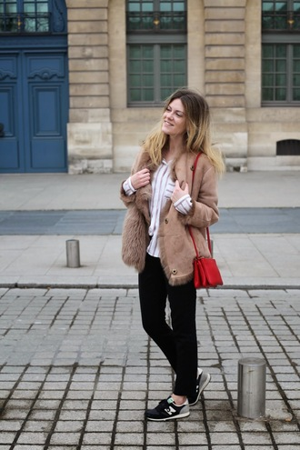 babymodeuse blogger shearling jacket red bag striped shirt