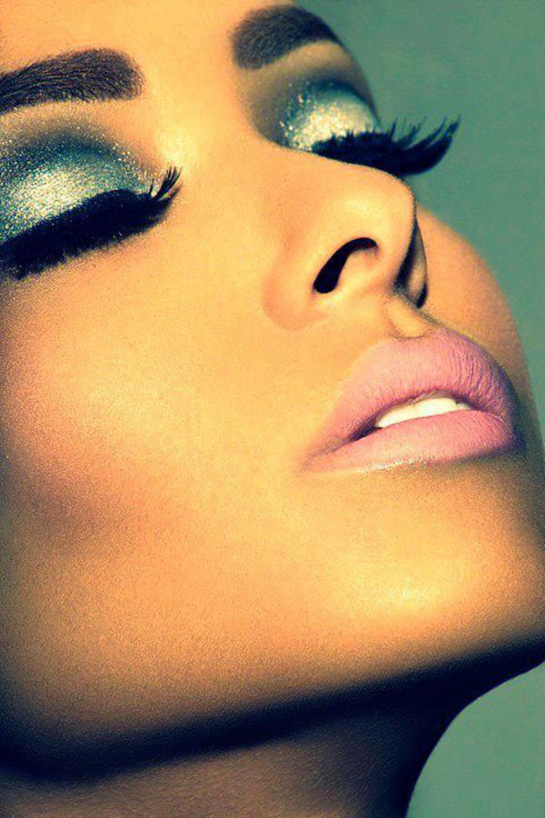 make-up eye shadow lipstick mascara