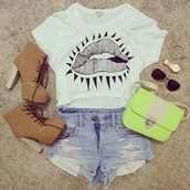 shirt,lips,graphic tee,shoes,shorts,bag,boots,hipster,jewels,brown,laces,t-shirt,fashion,jeans,denim