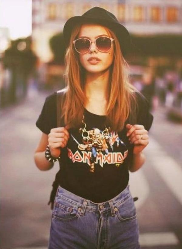 shirt t-shirt band t-shirt band sunglasses jeans denim high waisted denim shorts black t-shirt