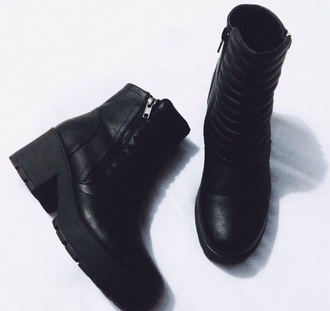 shoes black boots zip up ankle boots black boots chelsea boots heel boots
