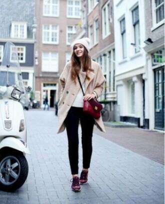 bag black black jeans coat cream coat shoes red shoes red bag hat