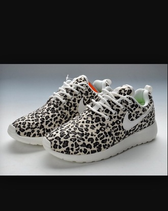 shoes leopard print nike roshe run
