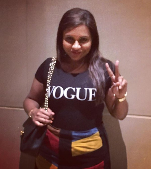 e85156cf35 skirt instagram mindy kaling top purse