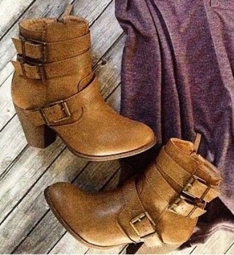 shoes boots booties brown buckles fur