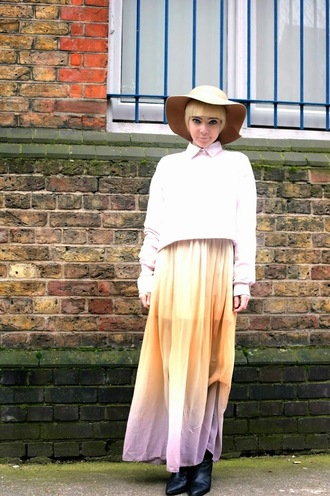 stella's wardrobe blogger ombre maxi skirt pink sweater floppy hat