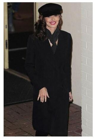 coat fall outfits all black everything cheryl cole hat scarf