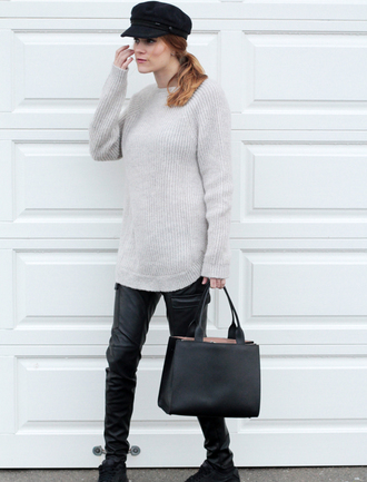 sara strand blogger hat leather pants knitted sweater handbag