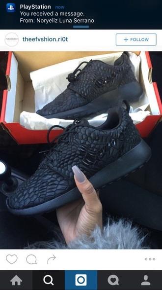 shoes nike roshes black diamonds