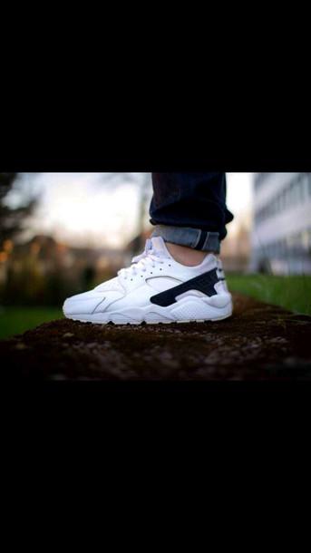 Nike Huarache blanche et Noir