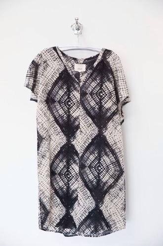 dress black and white tshirt dress