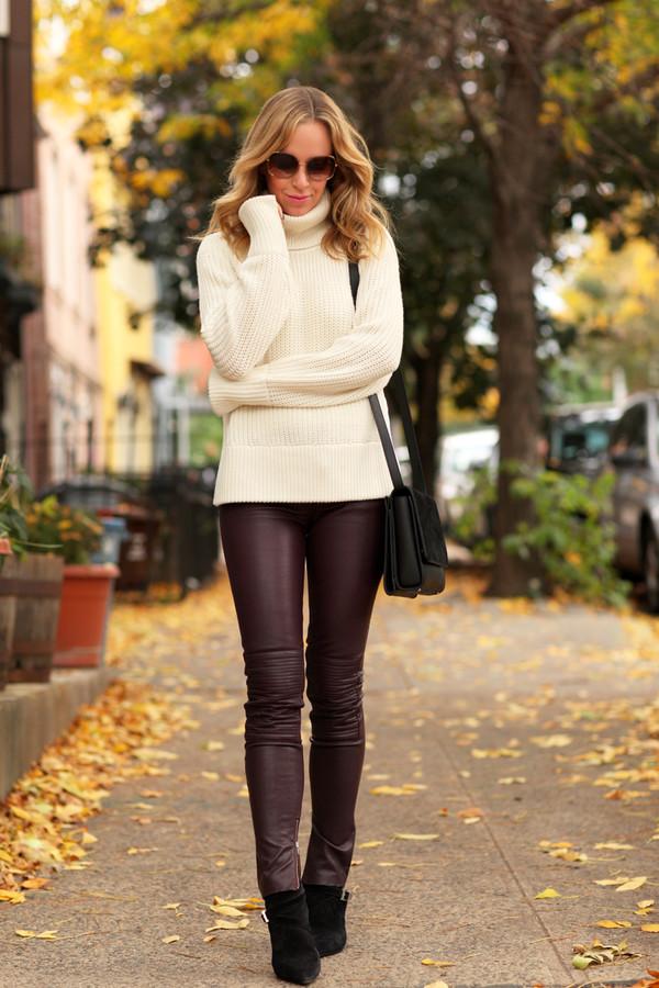brooklyn blonde blogger bag make-up