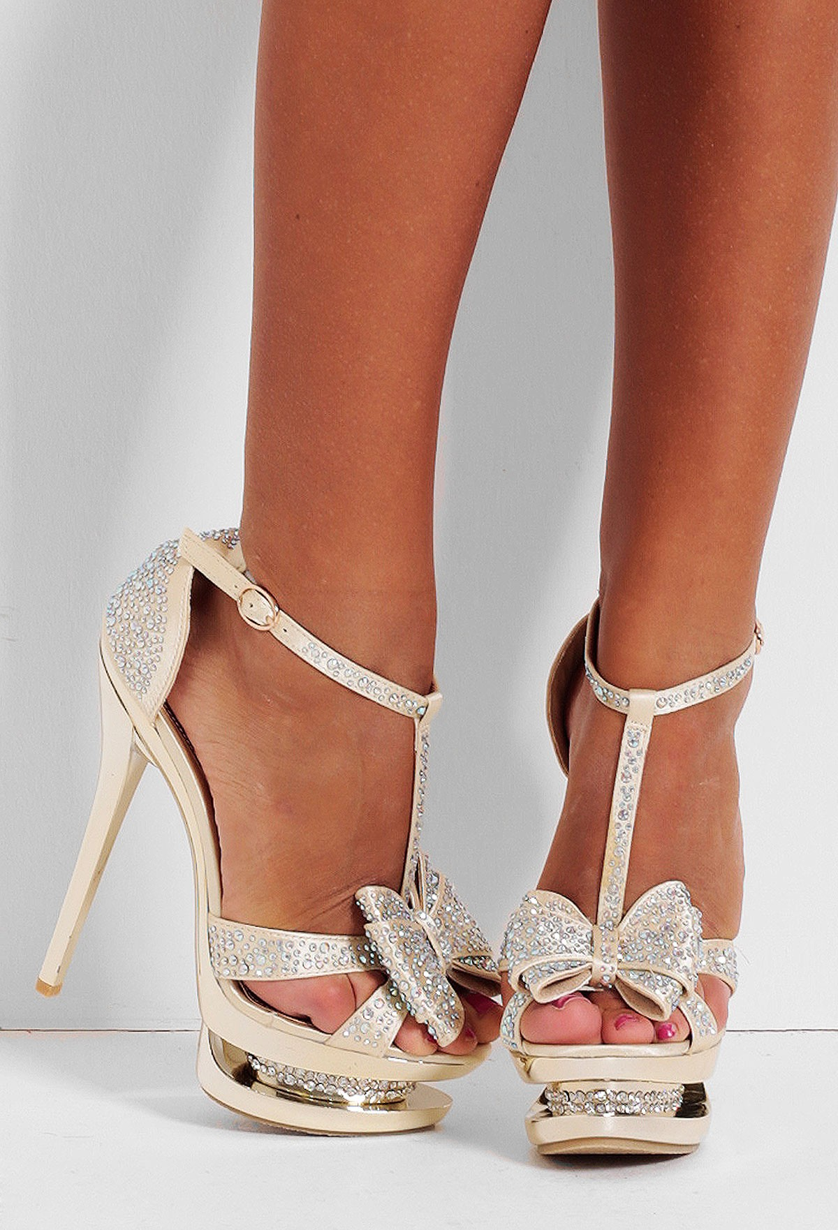 Elixir Gold Crystal Bow Platform Sandals | Pink Boutique