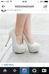 shoes,silver shoes,white,glitter,prom,party,heels,pumps,pretty,high heels,cute high heels,diamonds