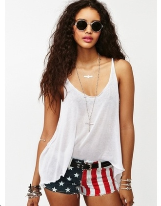 tank top t-shirt white loose fit hipster cool rock summer hot shorts