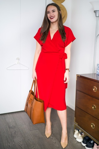 covering bases curvy blogger dress shoes bag jewels red dress pumps tote bag