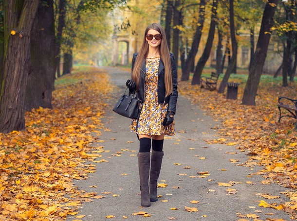 only my fashion style blogger dress jacket shoes bag gloves fall outfits floral dress leather jacket handbag boots knee high boots