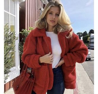 coat red fur