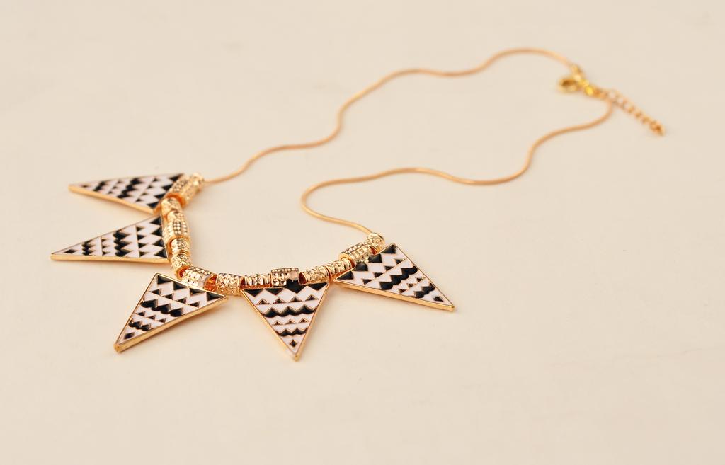 Tribal Aztec Black White Enamel Triangle Spike Snake Chain Necklace | eBay