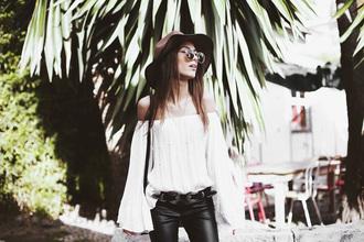 mexiquer blogger sunglasses blouse jewels shoes white blouse