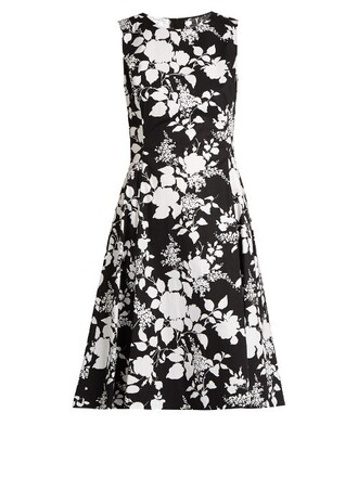dress sleeveless cotton print white black