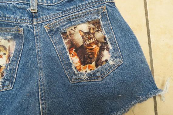 Cat Pocket high waisted denim shorts van StudsStripes op Etsy