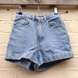 shorts denim shorts denim high waisted shorts high waisted jeans hair accessory t-shirt