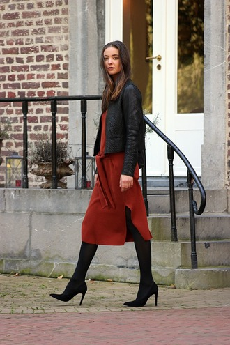 mode d'amour blogger jacket dress tights shoes bag