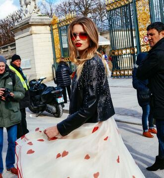 dress heart jacket sunglasses streetstyle fashion week 2016 paris fashion week 2016