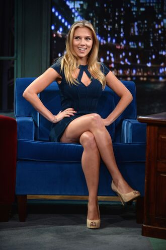dress scarlett johansson jimmy fallon blue blue dress the tonight show starring jimmy fallon bodicon cut-out dress