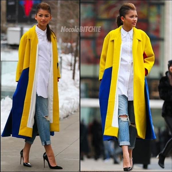 coat yellow blue longline coat white shirt jeans boyfriend jeans ripped jeans high heels black high heels patent leather black court heels zendaya beautiful fashion shoes blouse