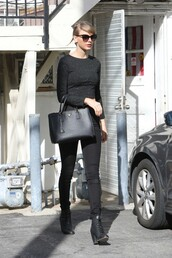 top,crop tops,taylor swift,shoes,purse,sunglasses,fall outfits,all black everything,celebrity style