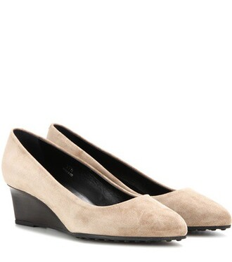 pumps suede beige shoes