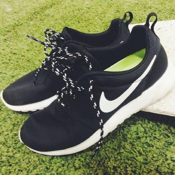 shoes black roshe nike