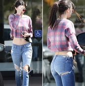 jeans,kendall jenner,ripped jeans,denim,ripped denim,high waisted jeans,top