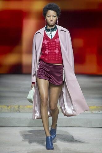 coat shorts top sweater runway topshop unique model london fashion week 2017