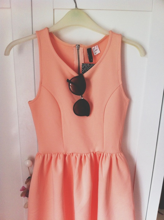 dress sunglasses orange peach zip skater dress coral skater dress pink dress coral a line dress scoop neck tank dress pink girly hipster rosy bright peach dress short peach dresses summer dress summer outfits skater girl summer streetstyle h&m tumblr pastel