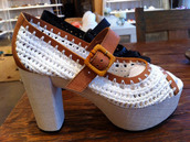 shoes,choche,leather.,white shoes,black shoes,orange shoes