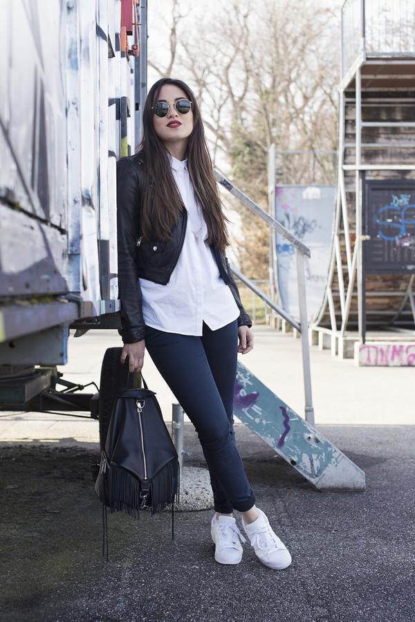 blaastyle, blogger, jeans, black jacket, white shirt ...