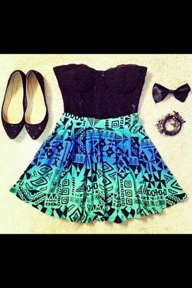 shoes jewels flats style flat sandals black skirt colorful galaxy girl's clothes skirt, grey, gray, business, professional, help, need, want help plz help me!! girly outfits tumblr aztec aztec skirts corset top top bustier green dress green flatforms tank top