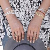 jewels,stickers,jewelry,gold jewelry,knuckle ring,ring,gold ring,stacked bracelets,gold bracelet,nail polish,nails,boho,temporary tattoo,coachella,festival,tattoo,gold tattoos,metallic tattoo